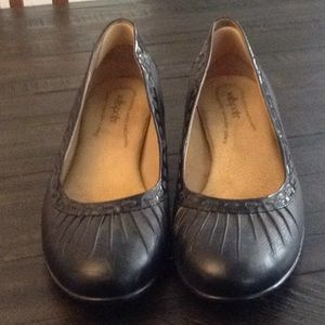 Softwoods black pumps 12W nearly new